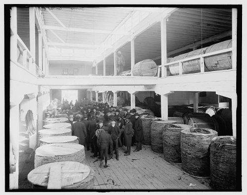Photo Tobacco auctionindustrywarehousesstorageworkersLouisvilleKentuckyKY1890