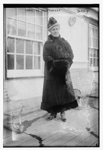 Photo Madame De MontagnacwindowsbenchesBain News Service